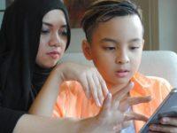 Ini Tips Mendampingi Anak Menggunakan Media Sosial dari Psikolog
