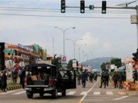 Polisi Nigeria membubarkan massa IMN yang berdemo di Abuja, 23 Juli 2019. (Photo by Reuters)