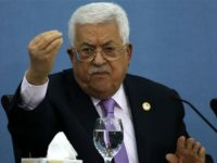 Krisis Finansial, Presiden Palestina Pecat Seluruh Penasihatnya