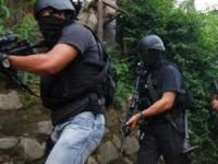 Densus dan Polresta Surakarta Geledah Rumah Teroris Abdul Rochim