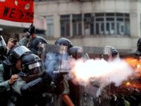 [VIDEO] Puluhan Ribu Demonstran Beraksi di Pusat Hong Kong