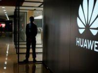 AS Minta Warga Arab Tidak Membeli Produk Huawei