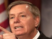 Senator AS: Serang Saja Kilang Minyak Iran!