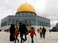 Warga Gaza Peringati 19 Tahun Intifada Kedua